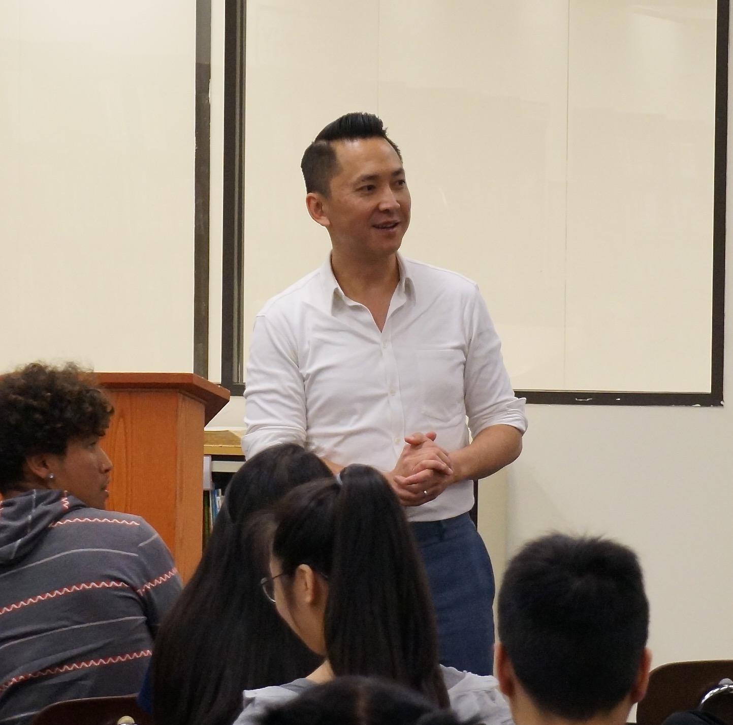Viet Thanh Nguyen visits Reynolds High School